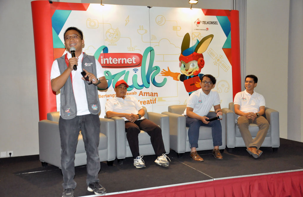 seminar-internet-baik-1