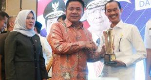 Palembang Terima  Penghargaan Pembangunan Daerah Terbaik Tahun 2019