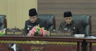 Wabup Beni Hernedi Sampaikan Jawaban Atas Pandangan Umum Fraksi DPRD Muba